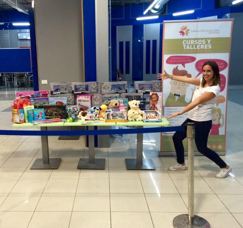 Risoterapia Solidaria. Campaña de recogida de juguetes en Las Palmas.